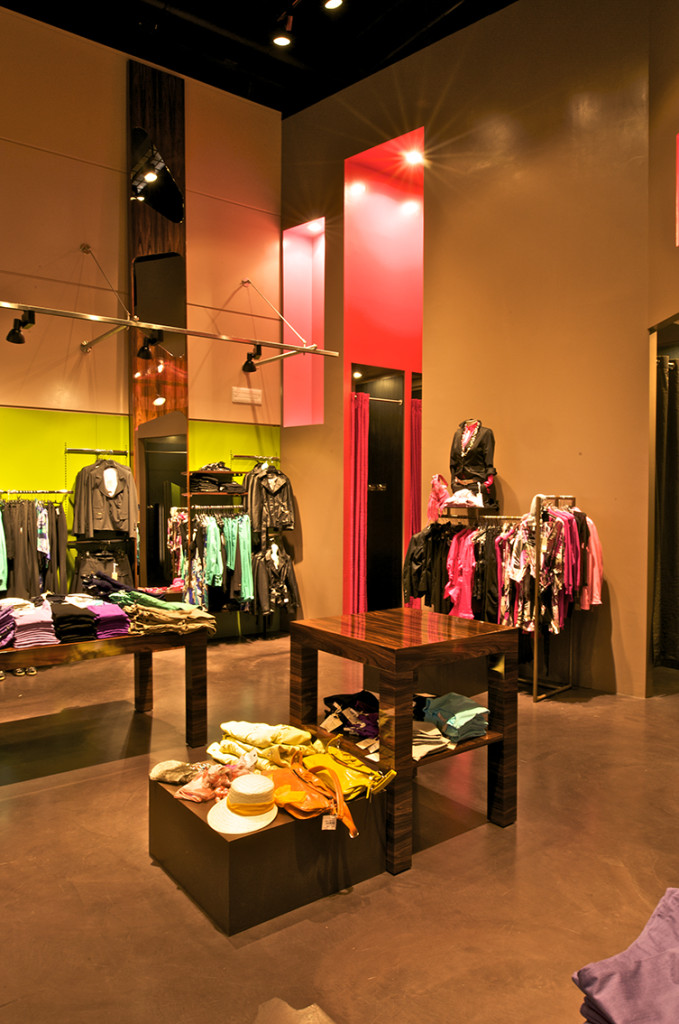 forpen_abbigliamento_negozio_shop_interni_format_interiors_shop_design_bongiana_architecture