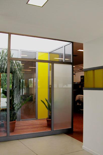 interno_interni_arredo_interiors_uffici_phard_contract_pannelli_trasparenti_transparent_glass
